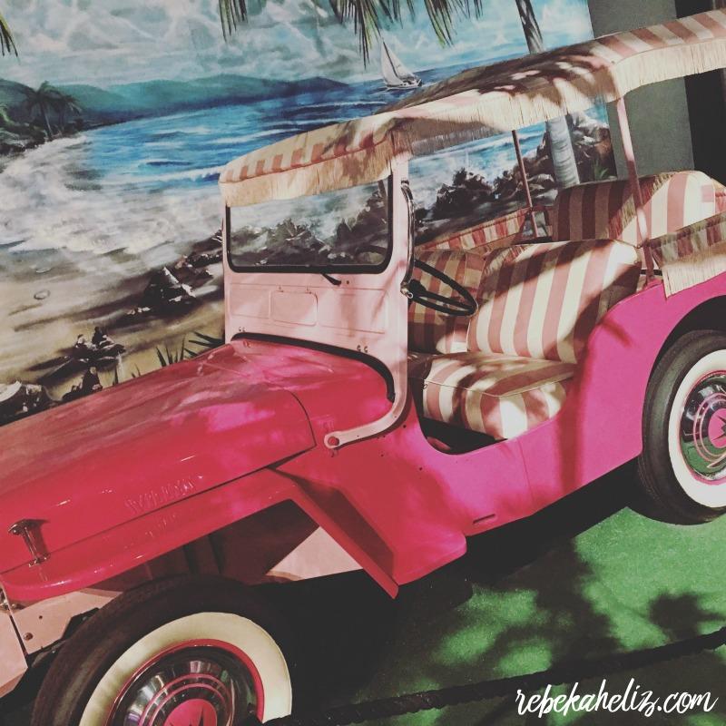 graceland, elvis, memphis, road trip, pink, jeep, pink jeep