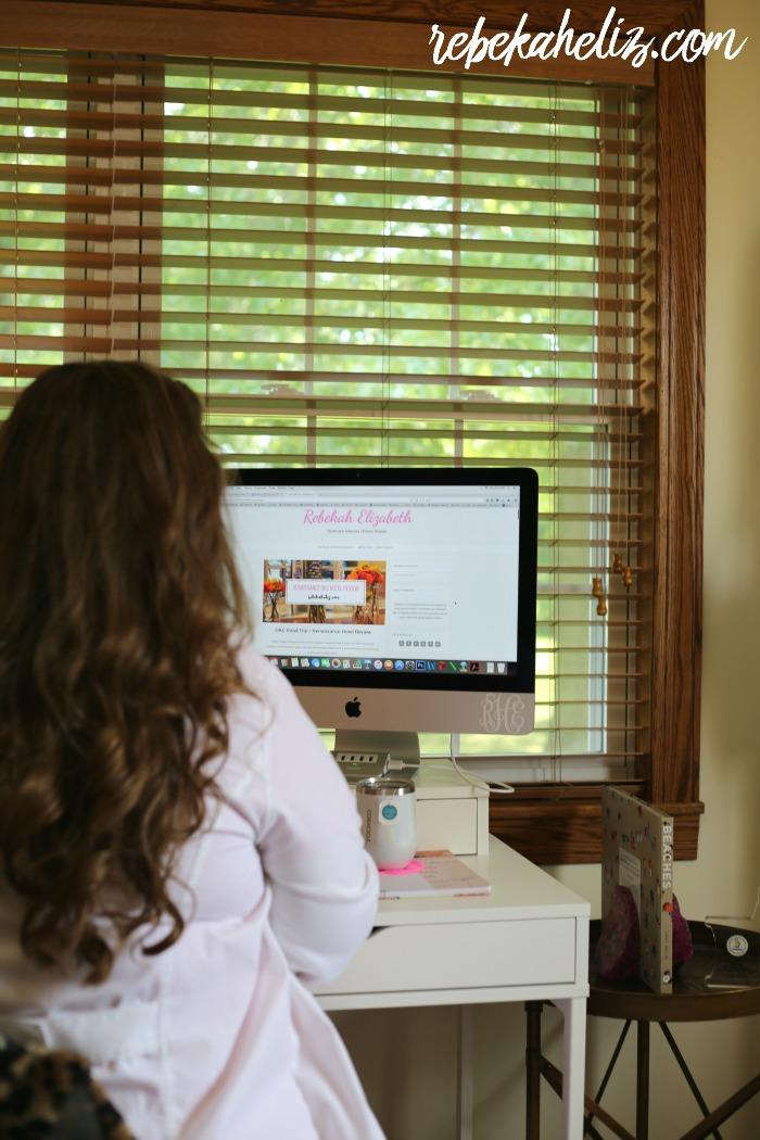 curly hair, blog, lifestyle blog, social media