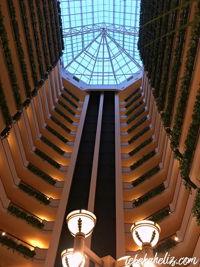okc, oklahoma city, downtown, renaissance hotel, hotel review