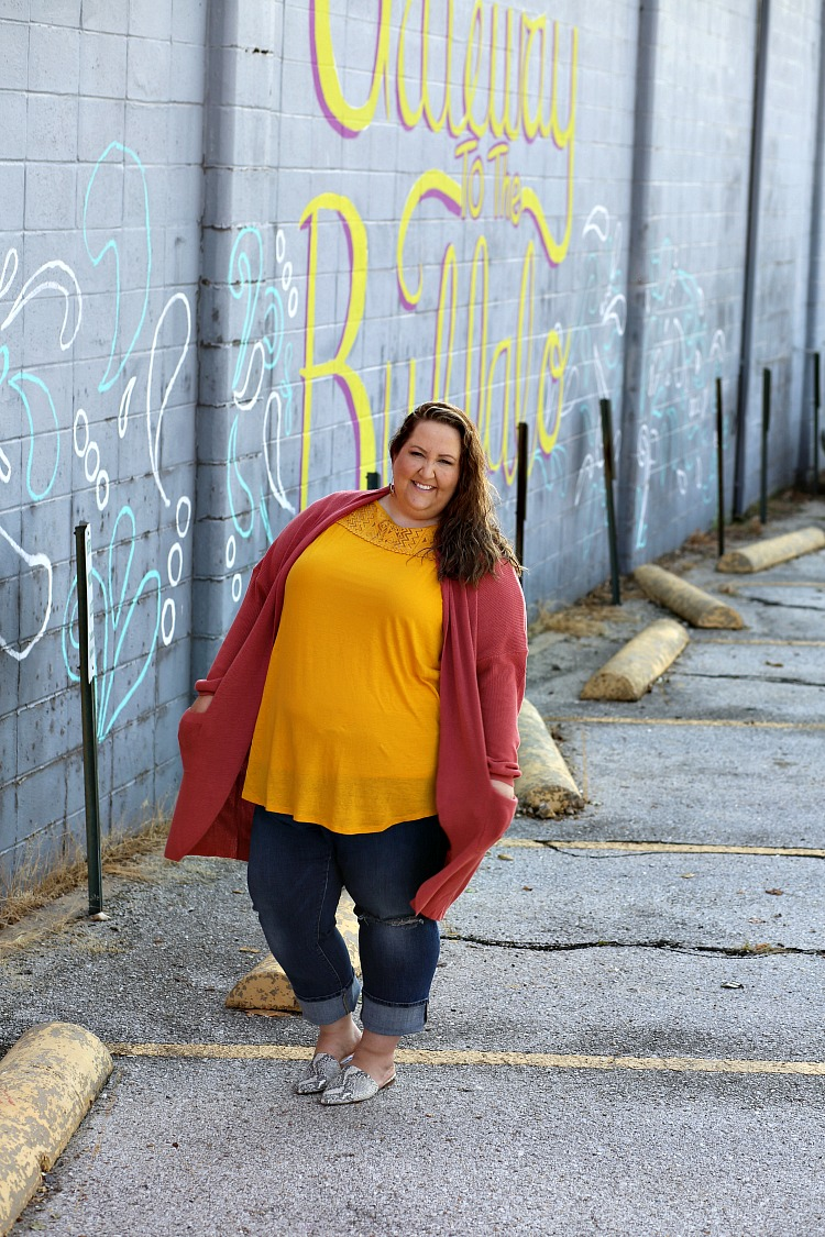 cardigan, fall cardigan, yellow, orange, curvy style, fall style, naturally curly hair, plus size fashion, plus size style, arkansas, #rebekahelizstyle, snakeskin print mules, mules, snakeskin