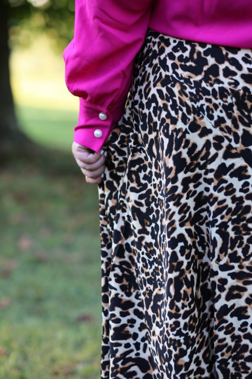hot pink, leopard, leopard skirt, xoq, eloquii, wear to work, plus size style, curvy style, rebekaheliz style, fall style