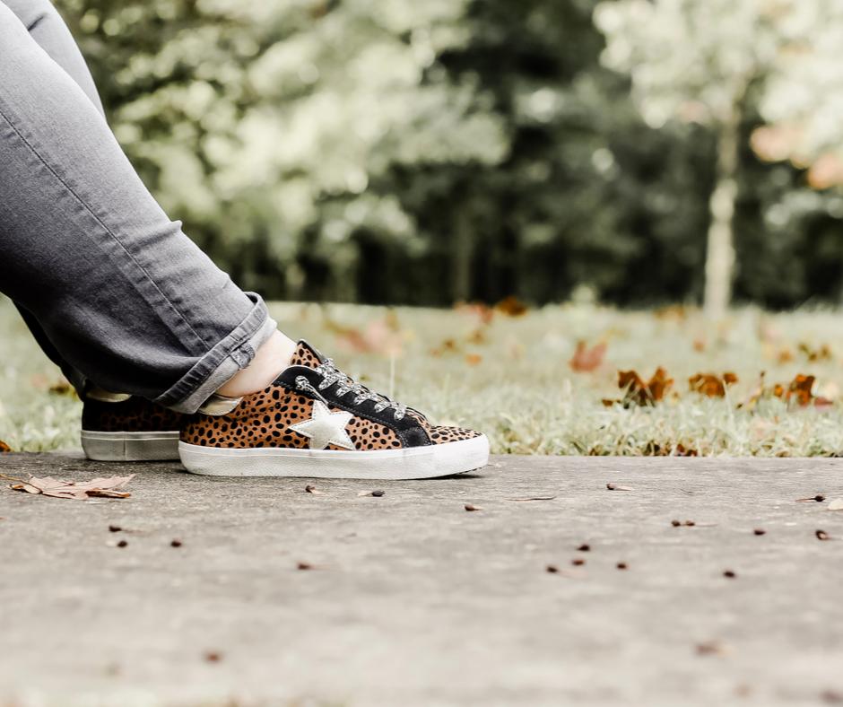 Steve Madden, Steve Madden sneakers, Steve Madden philosophy, leopard sneakers, fall, fall style, sneakers, #rebekahelizstyle